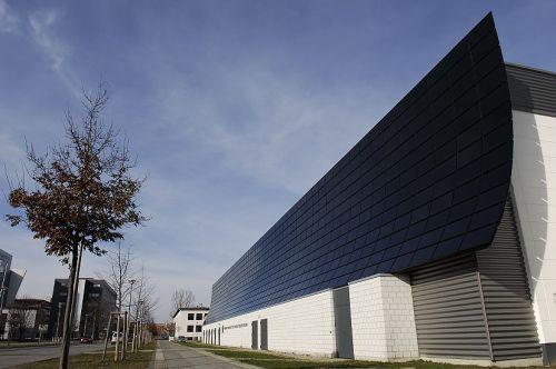 Ferdinand Braun Institut Solarfassade Info Portal F 252 R
